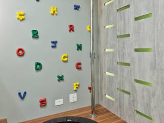 Ana Crivellaro 寝室アクセサリー&デコレーション MDF 灰色