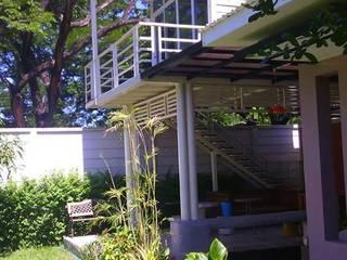 ผลงานสร้างบ้าน 2 ชั้น @ฮาบิเทีย:   by บ้านสำเร็จรูป บริษัท เดอะคัสตอม จำกัด