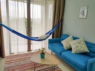 Hammock in living room : mediterranean  by ZEN hammocks,Mediterranean