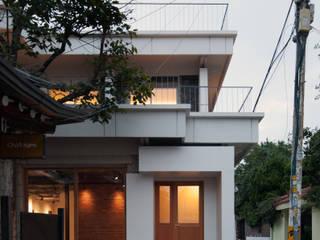 팔판동 단독주택 모던스타일 주택 by 서가 건축사사무소 모던