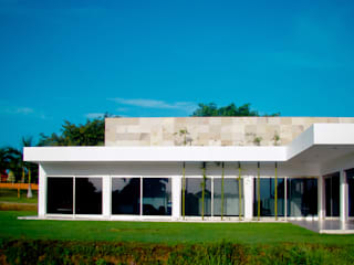 Casa Ponce: Casas unifamiliares de estilo  por COUTIÑO & PONCE ARQUITECTOS