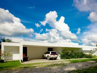 Casa CP: Casas unifamiliares de estilo  por COUTIÑO & PONCE ARQUITECTOS