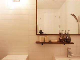 Casas de banho  por 로하디자인, Moderno