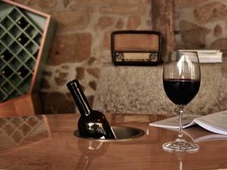 Cave à vin rustique par Volo Vinis Rustique