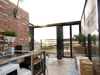Terraços  por 로하디자인, Moderno