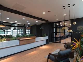 OFICINAS SUN VALLEY Estudios y despachos de estilo moderno de PLANTA BAJA ESTUDIO DE ARQUITECTURA Moderno