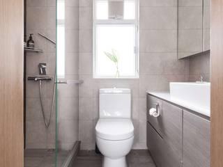 Cherry Crest B:  Bathroom by Clifton Leung Design Workshop