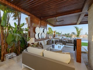 North Coast Villa 根據 Hossam Nabil - Architects & Designers 現代風