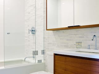 2nd Longhouse Bathroom by Abodde Luxury Homes