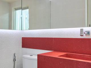 LA BELLE ESMALTERIA 14 M²: Espaços comerciais  por Atelier A4 - Design de Interiores,Clássico
