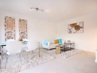 Wohnzimmer nachher:   von Home Staging Cornelia Reichel