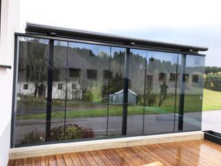 Freistehender Windschutz auf Terrasse Schmidinger Wintergärten, Fenster & Verglasungen Moderner Wintergarten Glas Grau