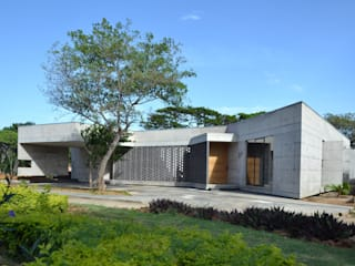 Rumah tinggal  oleh XXStudio, Modern
