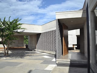 XXStudio บ้านประหยัดพลังงาน คอนกรีต Grey