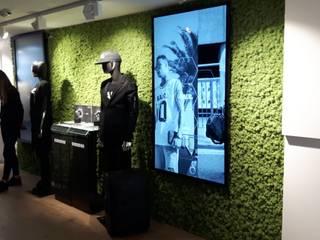 Moswand bij balr Amsterdam:  Kantoor- & winkelruimten door Degroenewand.nl