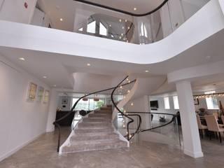 Mr & Mrs Storton Modern corridor, hallway & stairs by Diane Berry Kitchens Modern