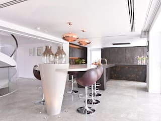 Mr and Mrs Storton's:  Kitchen by Diane Berry Kitchens