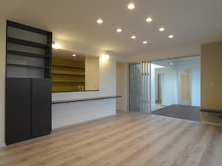 by hacototo design room Modern
