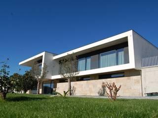Casa do Bairro:   por Engebasto - Atividades de Engenharia e Arquitetura, Lda