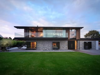 Silver House IQ Glass UK Modern houses