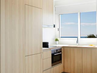 Cocinas modernas de Laia Ubia Studio Moderno