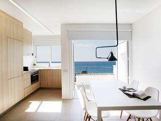 Comedores modernos de Laia Ubia Studio Moderno