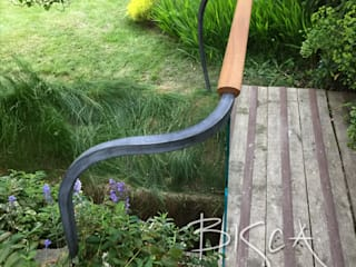 Forged and Glass External Garden Balustrade Bisca Staircases Scale Metallo