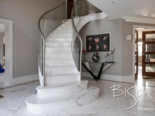 Modern Stone Staircase par Bisca Staircases Moderne Pierre