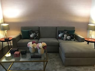 Living room by ROSA PURA HOME STORE, Modern