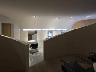 Ruang Komersial by 平山教博空間設計事務所