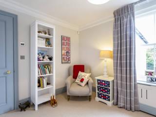 Bedroom: modern Nursery/kid's room by GK Architects Ltd