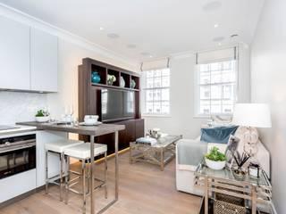 Living Room: modern Living room by GK Architects Ltd