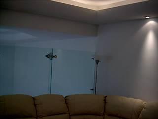 Residencia en San Jerónimo: Salas de estilo moderno por Páez + Páez Arquitectos