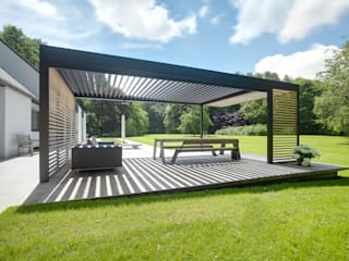 Cole Road Modern Garden by IQ Outdoor Living Modern