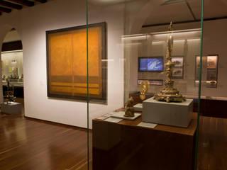 Museo Nacional de Colombia: Museos de estilo  por Zet // diseño de espacios, Colonial