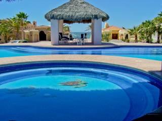 Alberca Puesta del Sol: Albercas de estilo  por Albercas y Spa de Sonora SA de CV