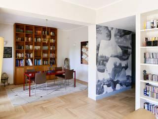 Sala da pranzo: Sala da pranzo in stile in stile Moderno di con3studio
