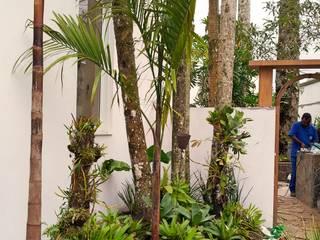 Residencia Coelho, Jardim. STUDIO AGUIAR E DINIS Jardins modernos
