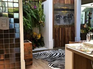 Residencia Coelho, Cozinha, Quarto, Academia. STUDIO AGUIAR E DINIS Dapur Tropis