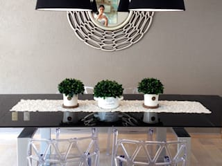 Modern dining room by MIRIAM ESCOBEDO INTERIORISTA Modern