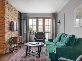 Apartament na Krakowskim Kazimierzu Eklektyczny salon od Double Look Design Eklektyczny