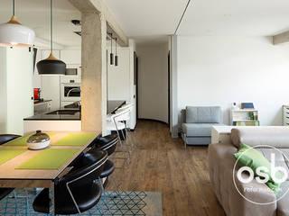 Modern dining room by osb arquitectos Modern
