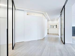 appartamento milano:  in stile  di MB CONTRACT SRL, Moderno