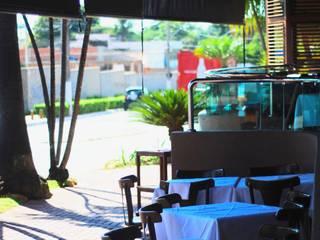 Chopperia: Bares e clubes  por Costa Lima Arquitetura Design e Construções Ltda