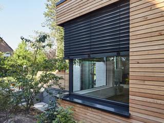 Detached home by Schreinerei Fischbach GmbH & Co. KG