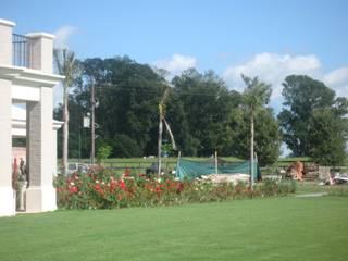 Jardin Haras El Argentino- Lujan-Bs As- Argentina: Jardines de estilo  por Ib - Paisajista