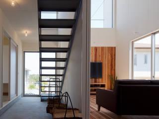 海の観える家: 株式会社 井川建築設計事務所が手掛けた階段です。
