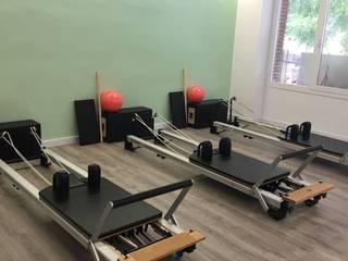 Moofit Pilates Gimnasios domésticos de estilo moderno de Unik For You sl Moderno