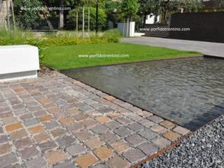 BORDI PISCINA, FONTANE, LAVANDINI PORFIDO TRENTINO SRL Laghetto da giardino Pietra Ambra/Oro