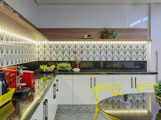 APARTAMENTO S I R: Cozinhas  por DUBAL ARQUITETURA,Moderno